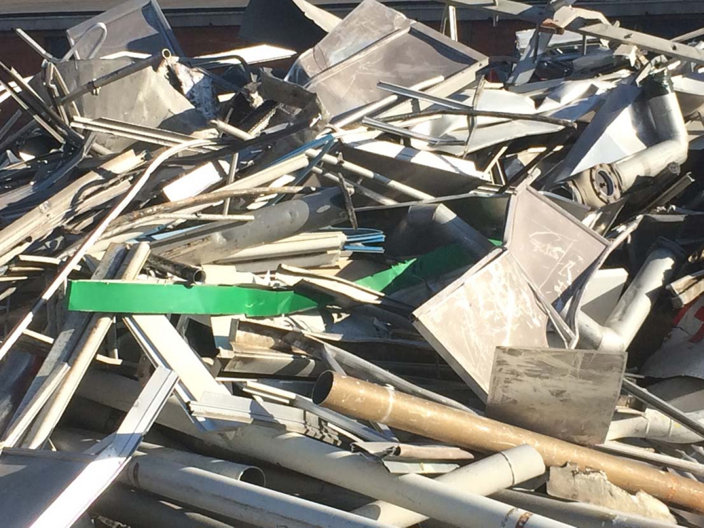 Trockman & Sons has been providing custom scrap recycling service in Evansville since 1892.